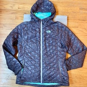 The North Face thermoball hooded jacket L